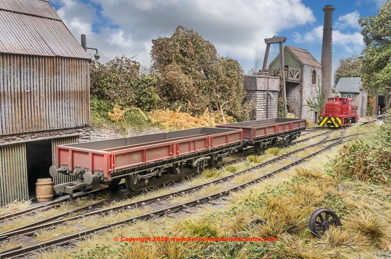 R3674 Class 31