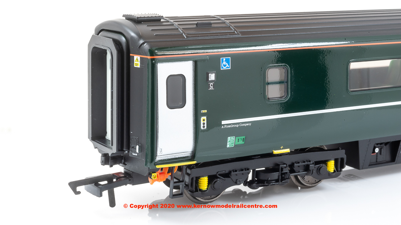 Hornby R4896 GWR Mk3 Sliding Door TGS Coach Era 11 OO Gauge