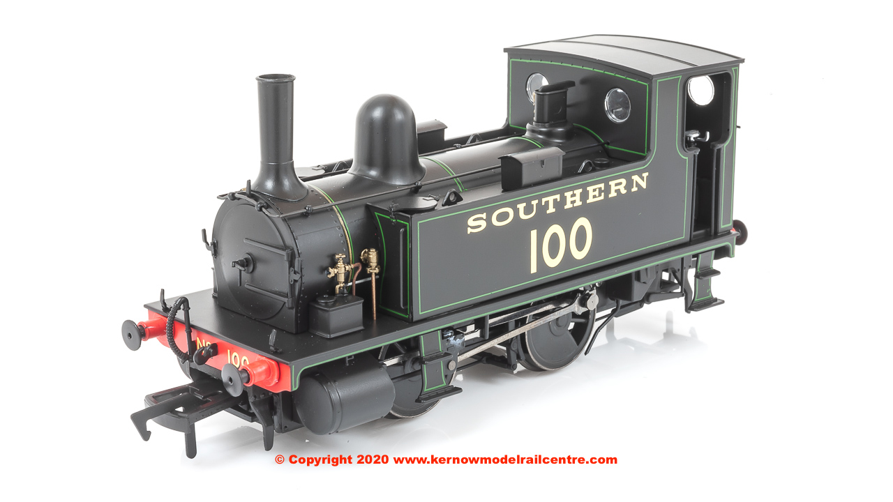 4S-018-008 Dapol B4 0-4-0T Steam Locomotive Number 100 in Southern Black livery with green lining