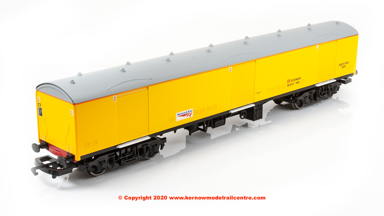 R4997 Hornby Ex-BR Super GUV QQA number ADB 971003 in Network Rail livery