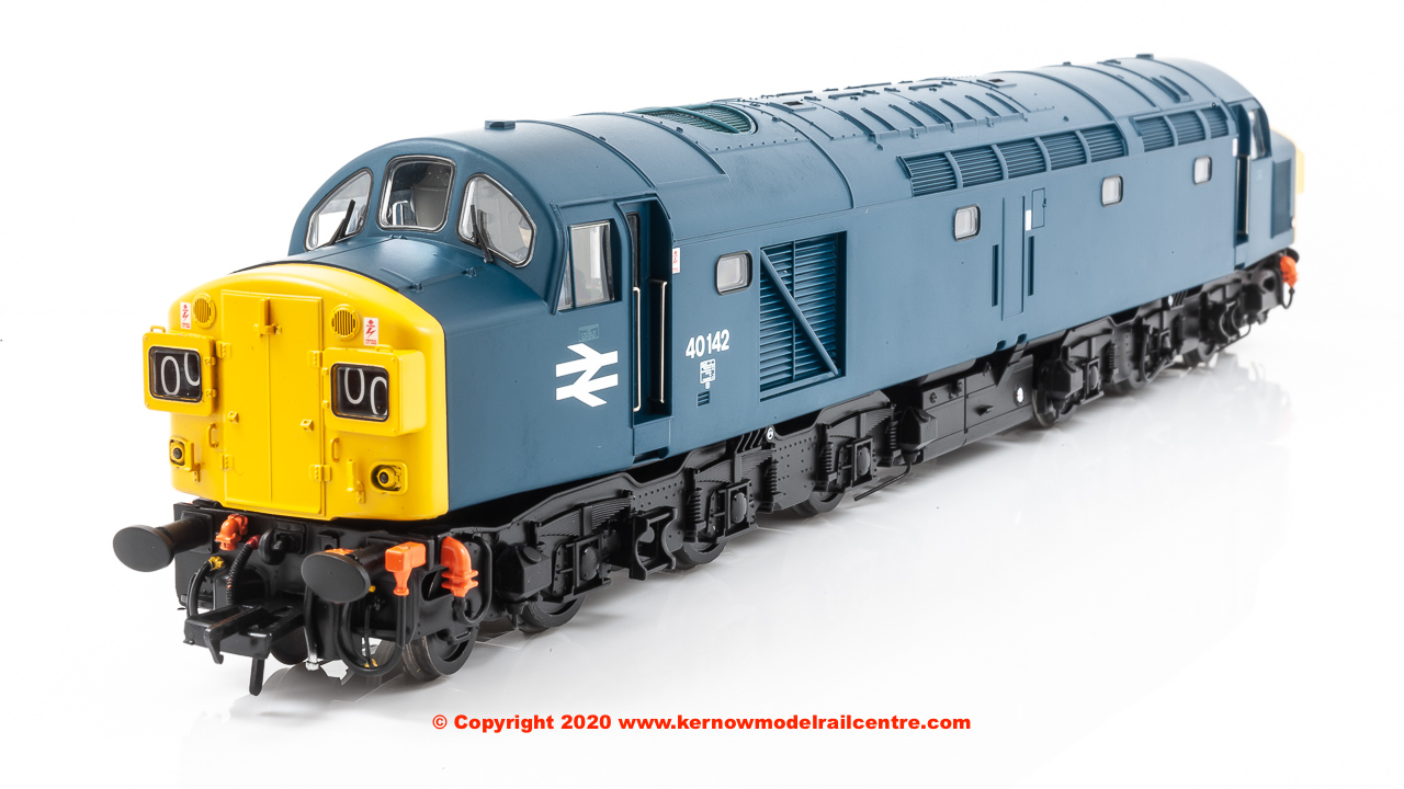 32-486SF Bachmann Class 40 Diesel Locomotive number 40 142 in BR Blue livery