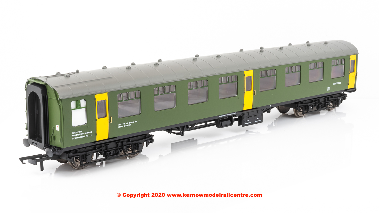 R40006 Hornby ex-Mk1 SK Ballast Cleaner Train Staff Coach number DB 975805 in BR Departmental livery