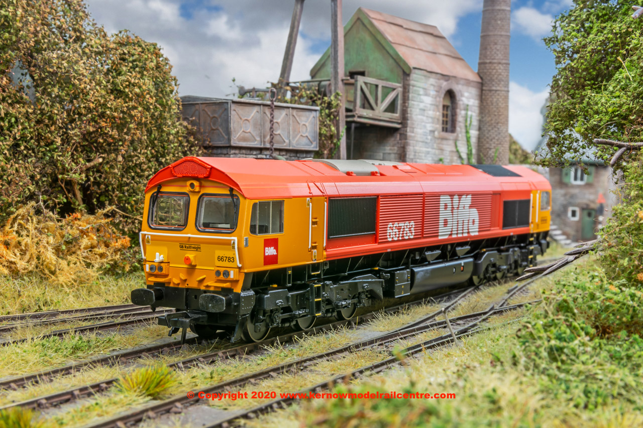 "32-741 Bachmann Class 66/7 Diesel number 66 783 ""The Flying Dustman"" in GBRf 'Biffa' Red livery"