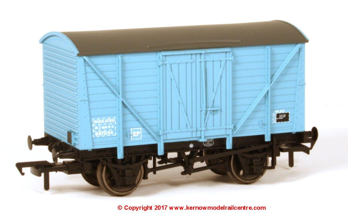 38-190B Bachmann Van Image