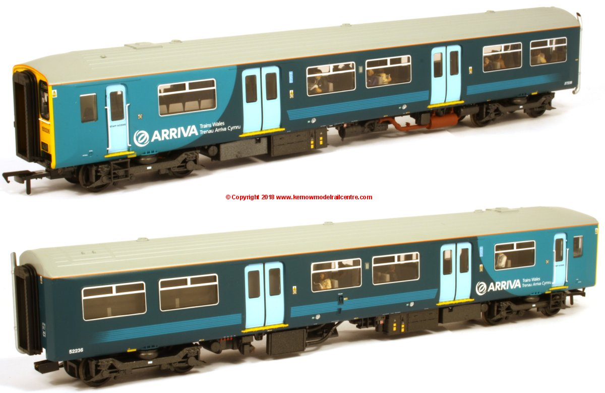 32-939DS Bachmann Class 150/2 2 Car Sprinter DMU Set number 150 236 in Arriva Trains Wales livery
