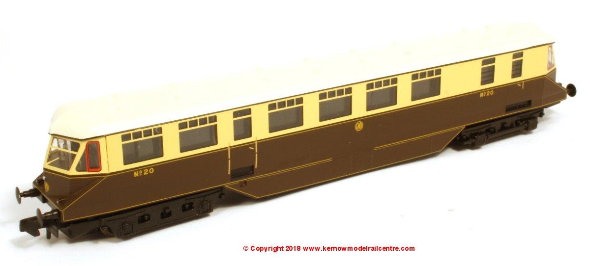 371-629 Graham Farish GWR Railcar Image