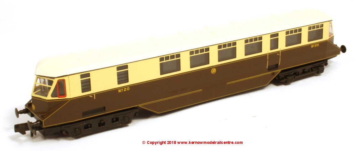 371-629 Graham Farish GWR Railcar number 20 in GWR Chocolate & Cream livery with Shirtbutton Emblem