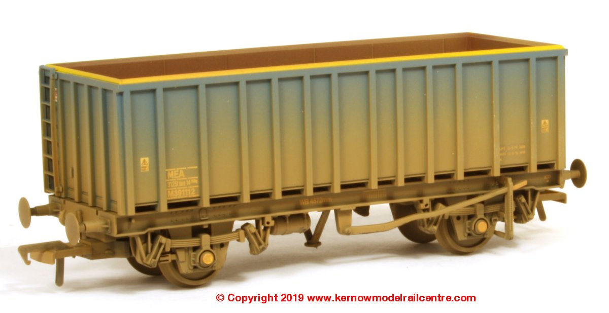 38-061A Bachmann 45 Tonne glw MEA Open Box Wagon number M391112 in Mainline Blue livery with weathered finish