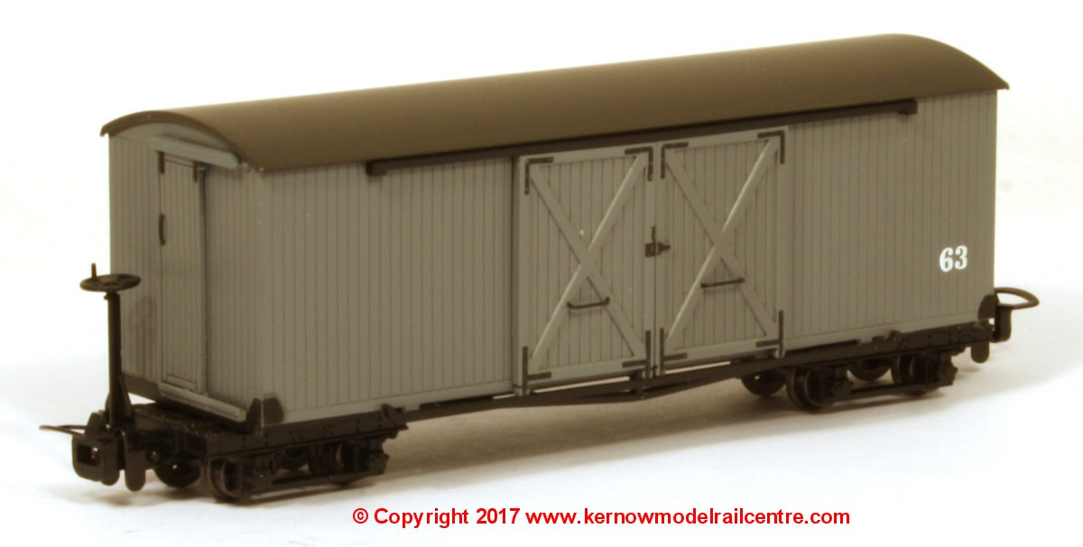 393-026 Bachmann Covered Goods Wagon number 63 - Nocton Light Grey