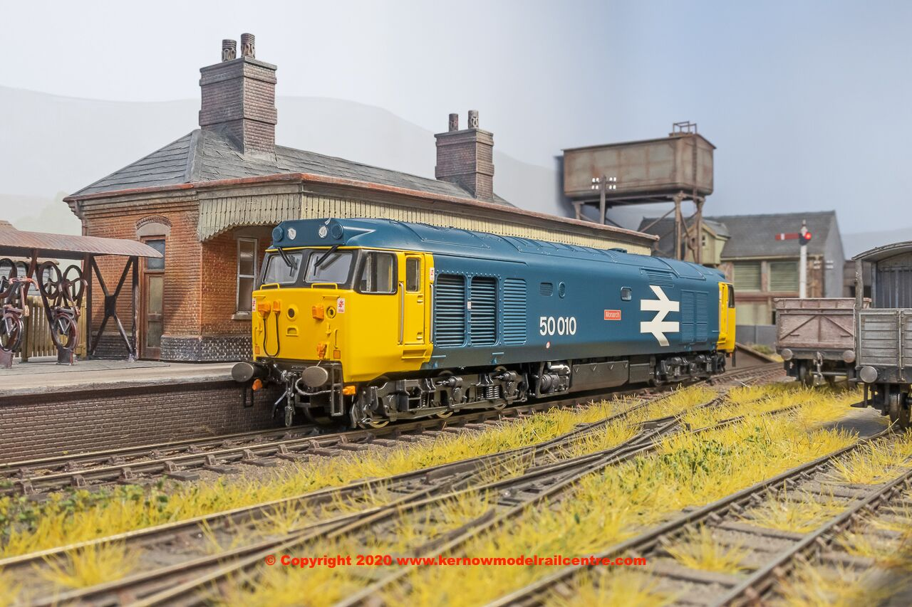 R3672 Hornby Class 50 Monarch Image