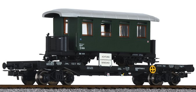 L235786 Liliput Well Wagon OBB with HOe Coach Load