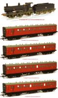 K9988 Hornby Drummond 700 and Coaches Pack
