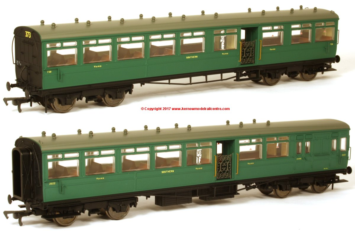 K1002 DJ Models 1914 LSWR Push-Pull Gate Set number 373 in SR unlined Malachite Green livery