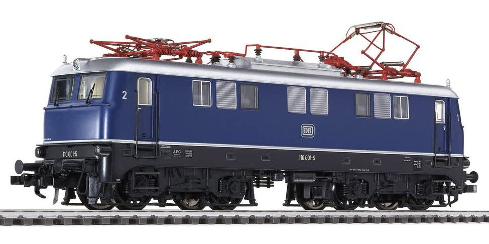 L132522 Liliput Class E10 Electric Locomotive number E 110 001-5 in DB livery