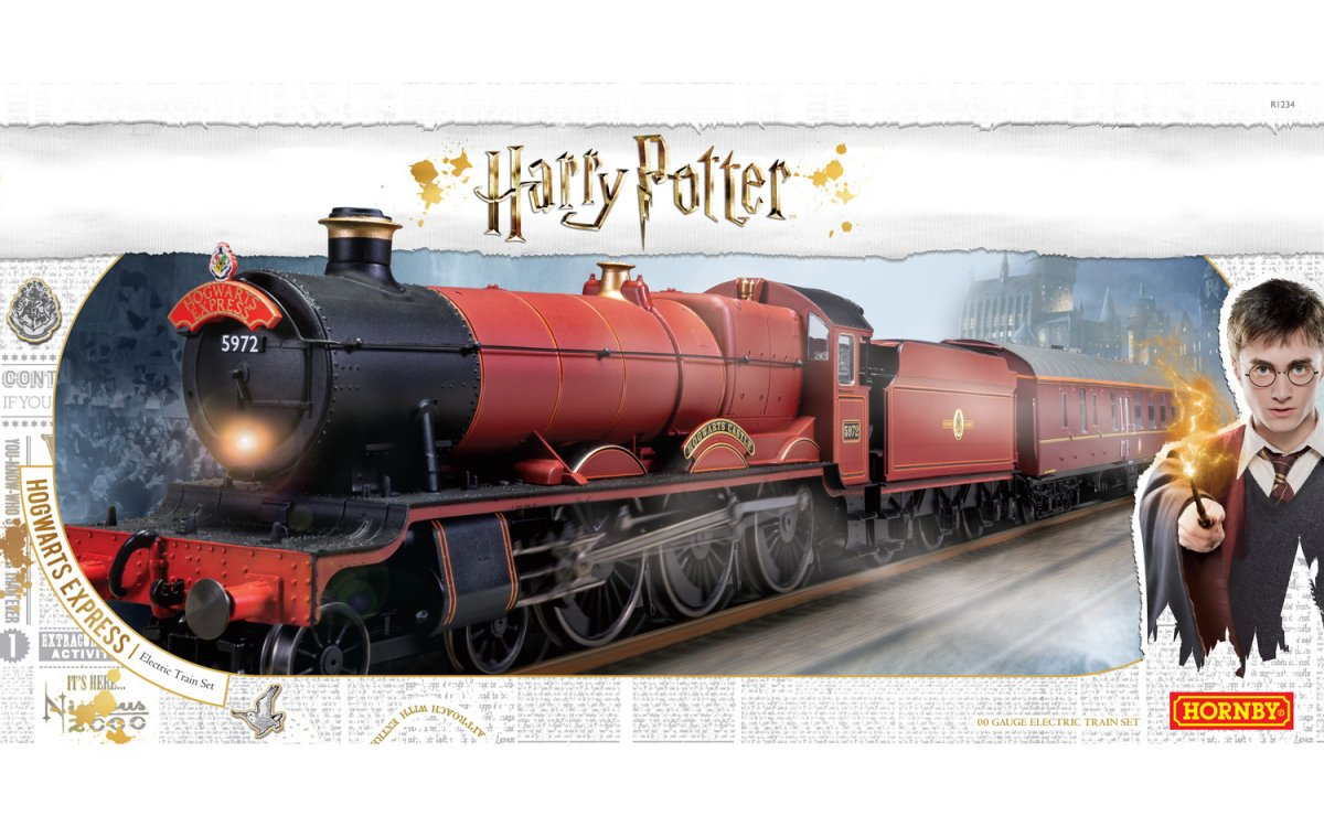 R1234 Hornby Hogwarts Express' Train Set