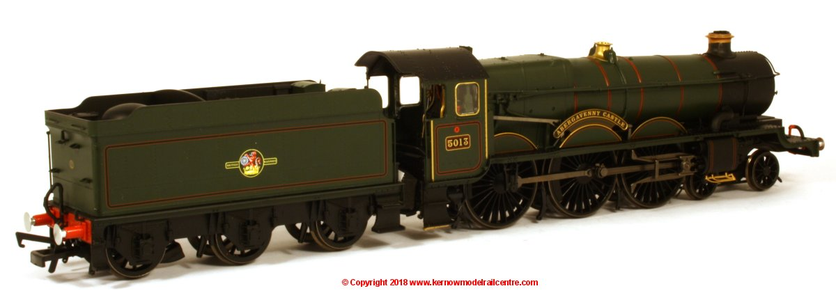 R3619 Hornby Castle Class Steam Locomotive number 5013 named 'Abergavenny Castle' in BR Green livery with Late Crest