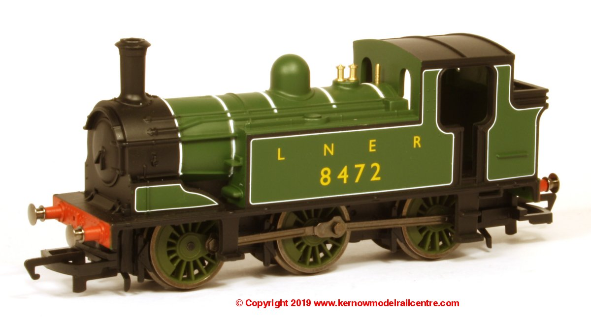 R3668 Hornby Railroad J83 Class 0-6-0PT Steam Locomotive number 8482 in LNER livery - Era 3