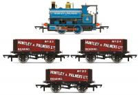 R3686 Hornby Peckett Works Freight Pack - Huntley and Palmers
