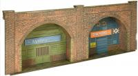 C08.0 Superquick Red Brick Embankment Arches Card Kit