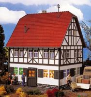 41275 Vollmer G Half Timbered House