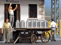 10262 Busch Milk Churns