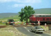 6021 Busch Rail Level Crossing Set
