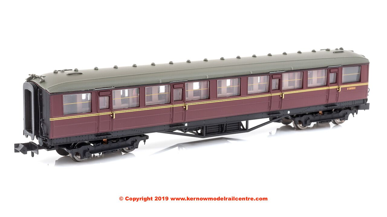 2P-011-074 Dapol Gresley Corridor 2nd Class Coach number E12032E in BR Maroon livery