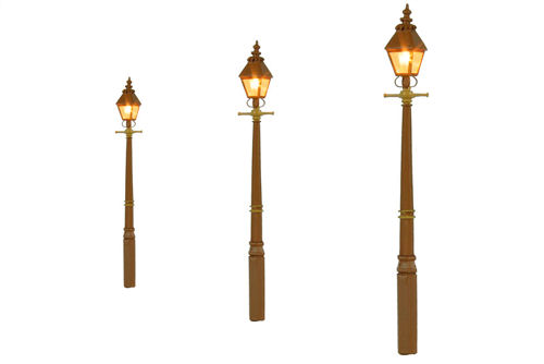 GM809 Gaugemaster Taper Post Gas Lamps - GWR Stone (Pack of 3)