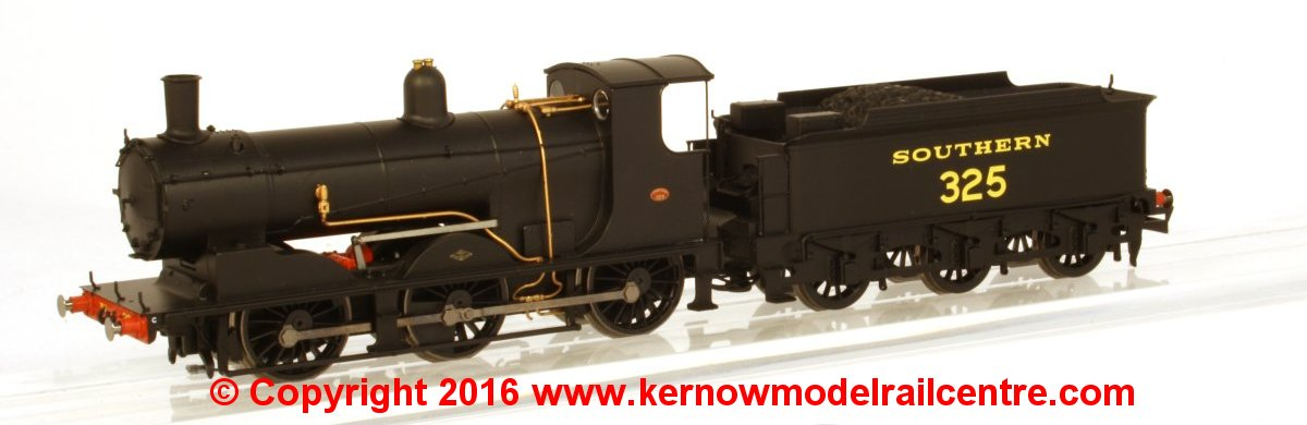 R3302L Hornby Drummond SR Steam Loco Image