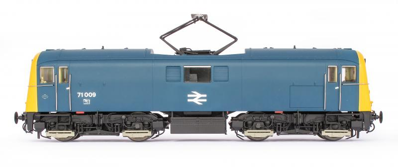 OO71-003 DJ Models Class 71 Electric Locomotive number 71 009 in BR Blue livery with full yellow ends
