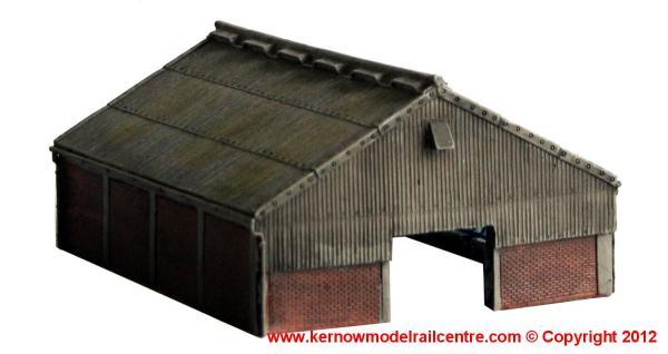 42-108 Graham Farish Scenecraft Modern Barn Image
